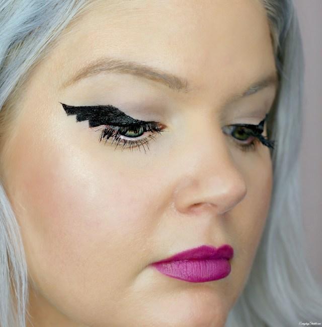 Bat Eye Makeup Bat Wing Eye Liner Everyday Starlet