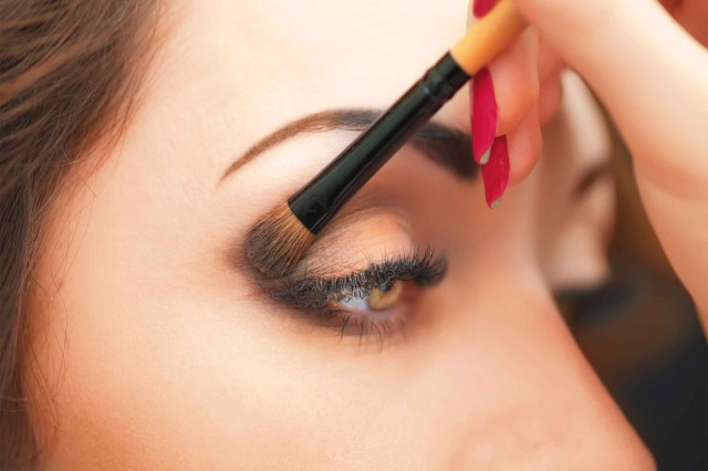 Best Makeup For Hazel Eyes Eye Makeup Tips 7 Ways To Make Your Eyes Pop Readers Digest