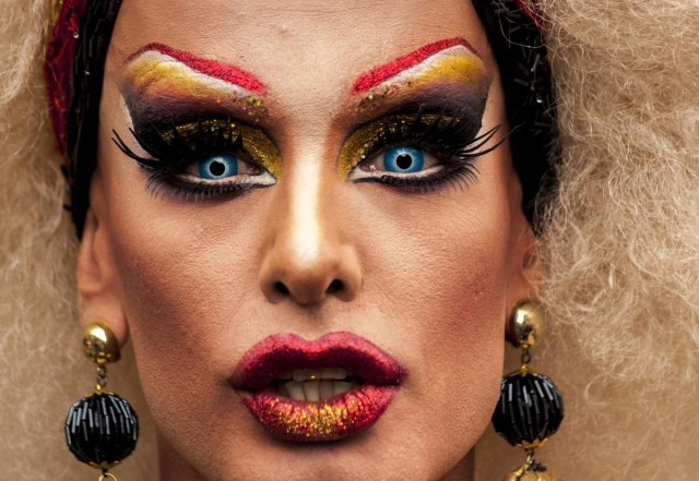 Drag Eye Makeup How To Do Dramatic Drag Queen Makeup And Carry It Confidently