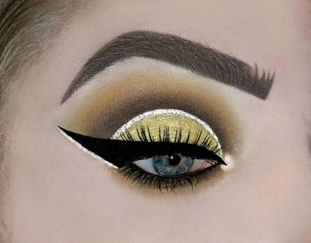 Edgy Eye Makeup Psharp Eyeliner And A Razor Sharp Cut Crease Make This One Edgy Eye