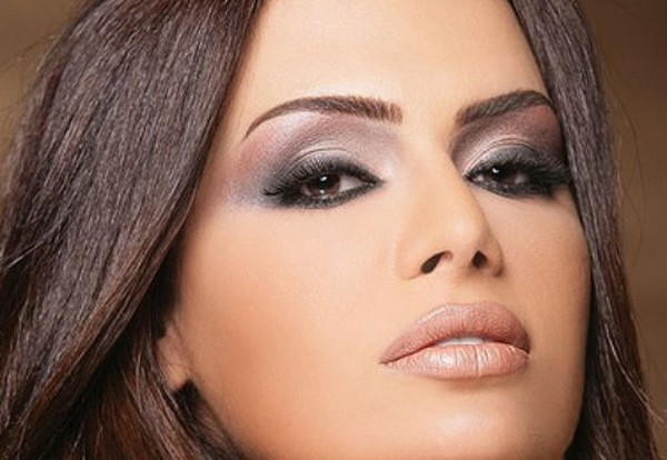 Eye Makeup For Dusky Complexion Weddingsndecor Bridal Essential Tips For Wheatish Skin Tone