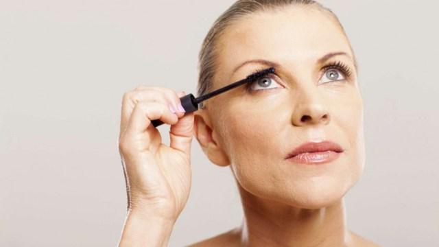 Eye Makeup For Women Over 60 Choosing The Best Eyebrow Makeup Makeup Tips For Older Women Video
