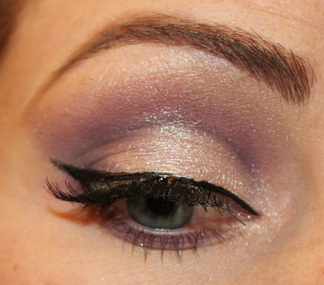 elegant eye makeup tutorial for hazel eyes - wemakeupto