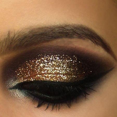 Gold And Smokey Eye Makeup Become A Pro With This Gold Smokey Eye Makeup Tutorial Davina Diaries