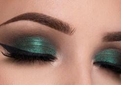 Makeup For Green Eyes Metallic Green Smokey Eyes Makeup Tutorial Youtube