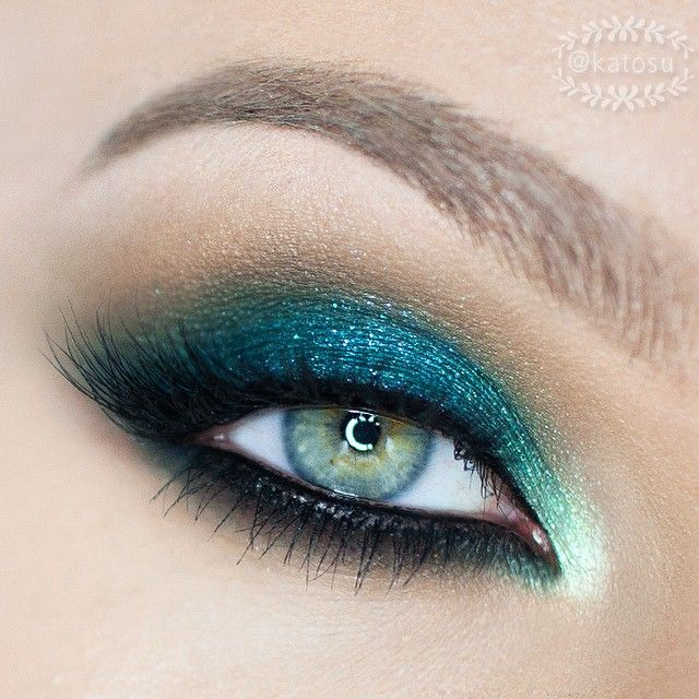 Makeup For Greenish Blue Eyes 7 Beautiful Smokey Eye Makeup Looks Inspired Blue And Green