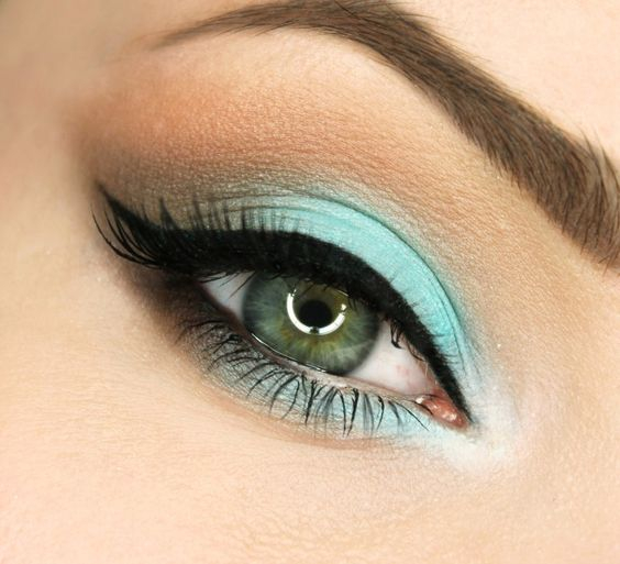 Makeup For Greenish Blue Eyes Eye Makeup For Green Eyes Makeup Looks For Green Eyes