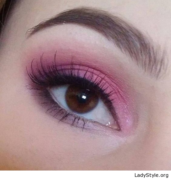 Pink Makeup For Brown Eyes Pink Eye Makeup For Brown Eyes Ladystyle
