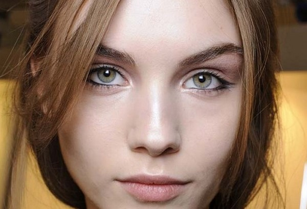 Sleepy Eyes Makeup Make Up Tips For Sleepy Eyes Beauty Tips And Tricks With Care N Style
