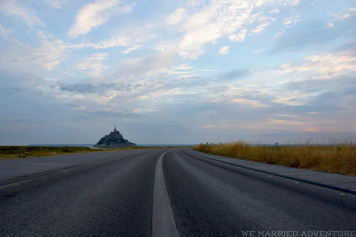msm_sunrise_empty_road_wm