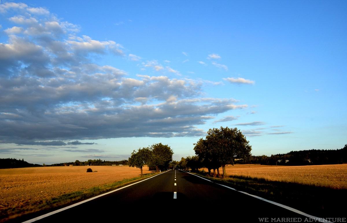 czech_empty_road02_wm