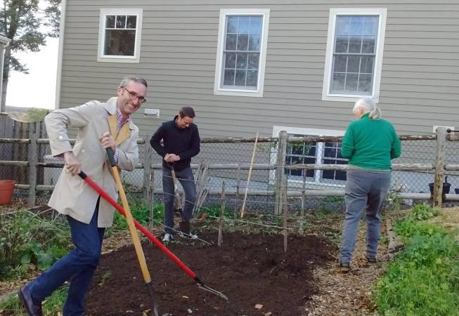 WENA President Ian Jacob manically putting the garden to sleep.