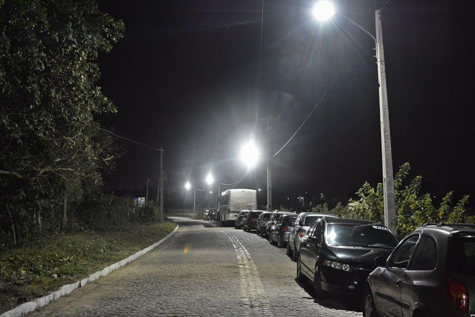 Em seis meses de gestão, Paulinho inaugura sua segunda obra de iluminação pública