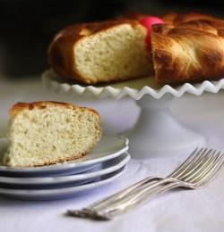 Greek Easter Bread With Yaya