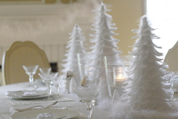 Christmas-Decorations-White-Feather-Table-9802