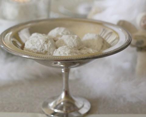 Favorite Snowball Cookies Recipe