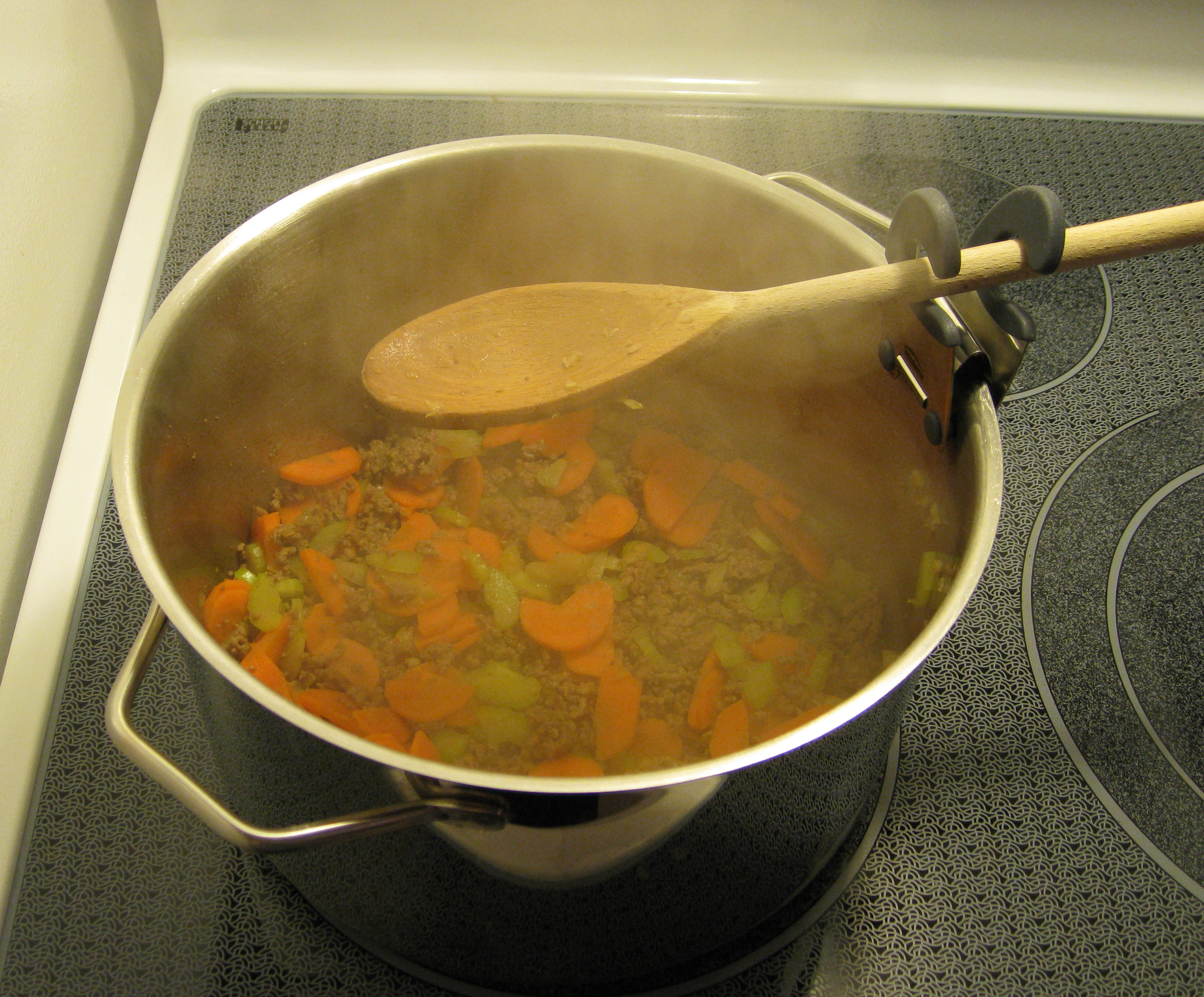 soup-with-spoon-holder.jpg