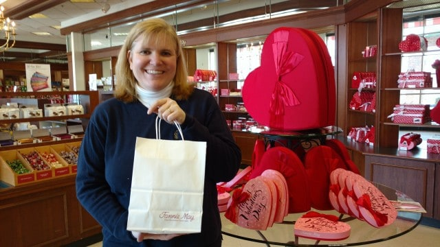 Wendi is all smiles after a shopping trip to Harry London-Fannie May Fine Chocolates.