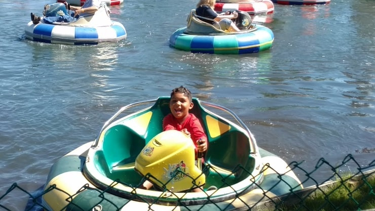 Noah on boat