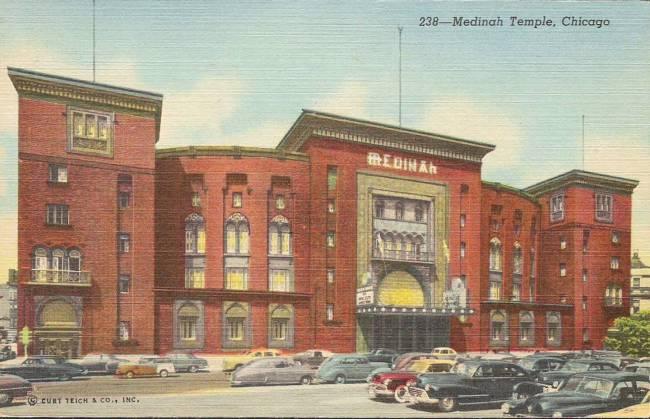 postcard-chicago-medinah-temple-600-n-wabash-ave-c1950