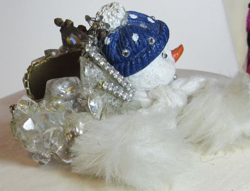 Snowman with Muffler Wristy for Christmas time by fashion jewelry designer Wendy Gell. Detail 2