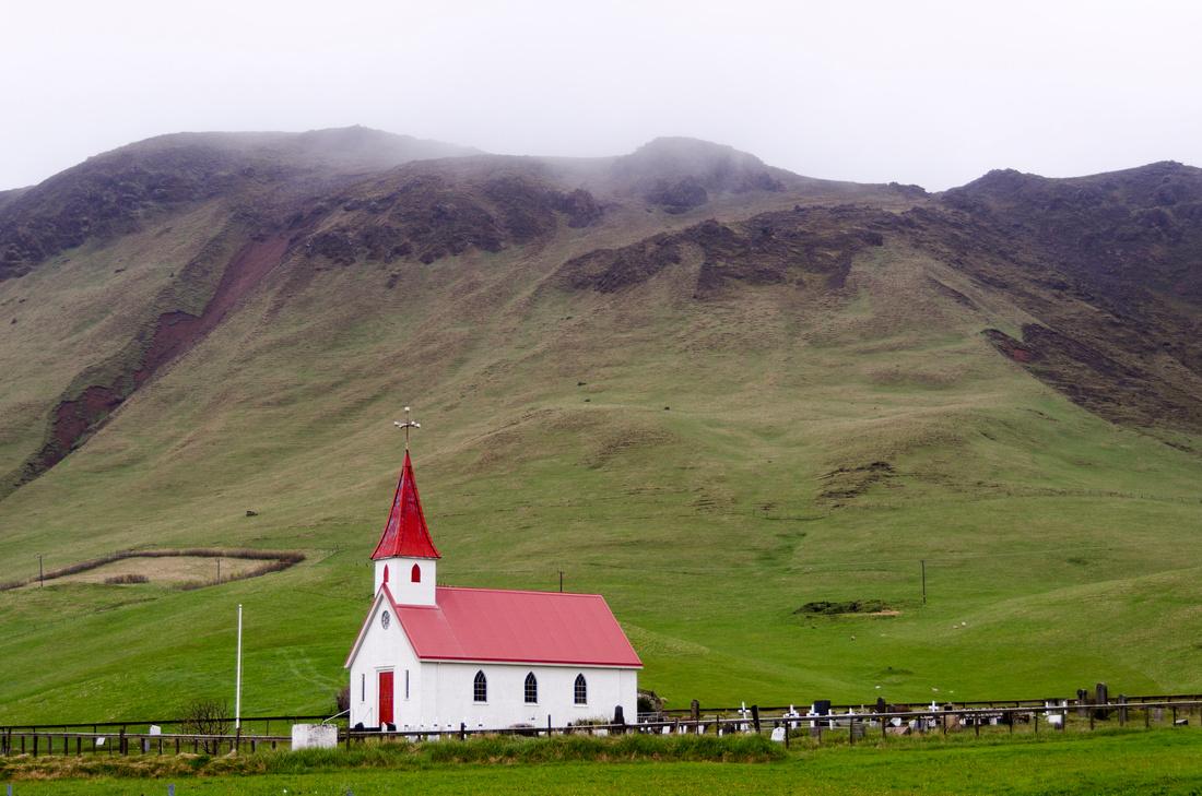 Wendy Ng Photography: Iceland &emdash; Reynisfjara Church