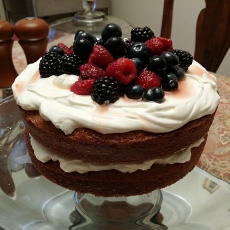 Drunken berry cake