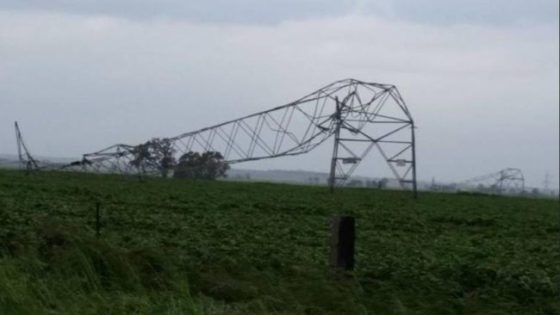 South Austrlaian electricity transmission tower blown over