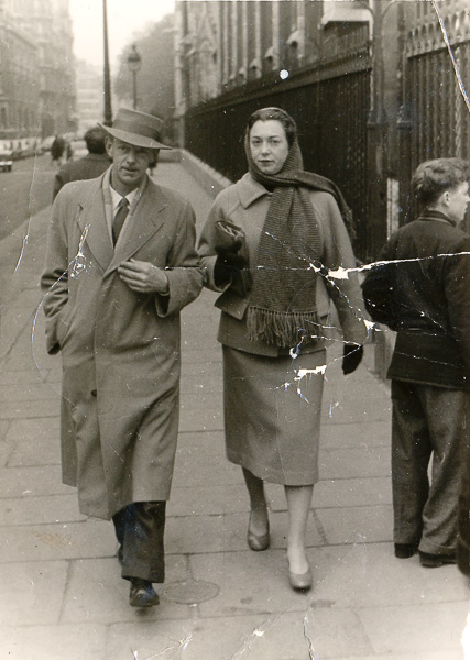Bill Pidgeon (Wep) and Margaret Murray snapped by a street photo