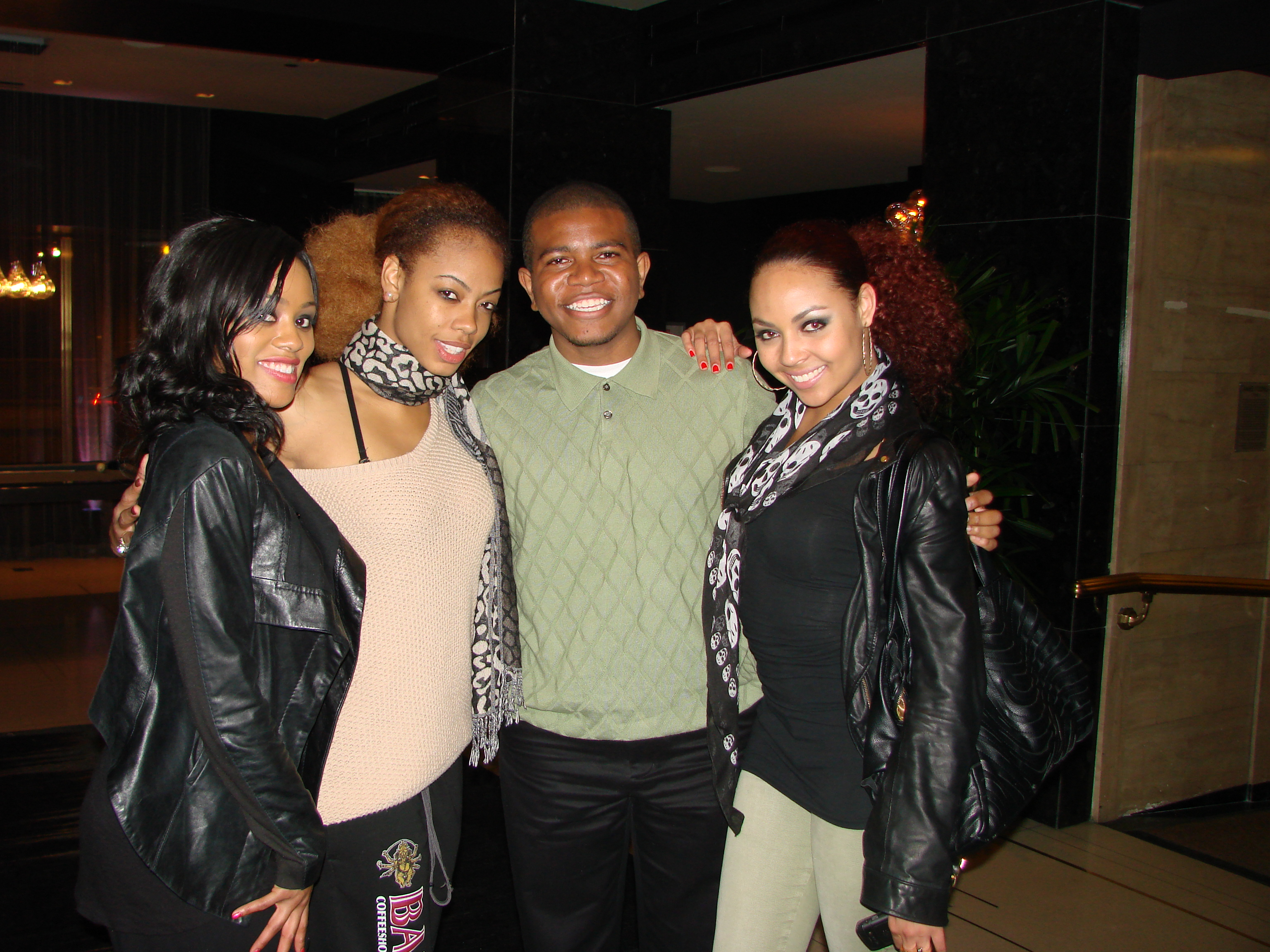 Beyonce S Lead Dancers Check In With Andwepresent Video
