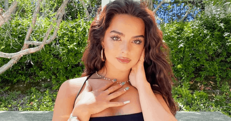 Addison Rae Net Worth [2021] Age, Height, Pack, Boyfriends, Birthday