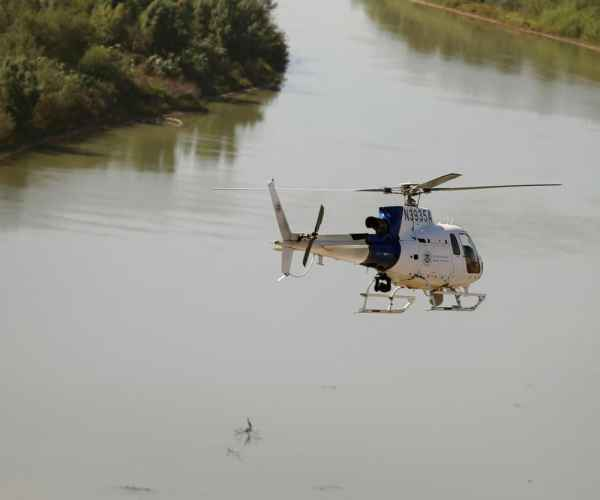 Texas: A 9-year-old Girl Dies Trying To Cross The Rio Grande