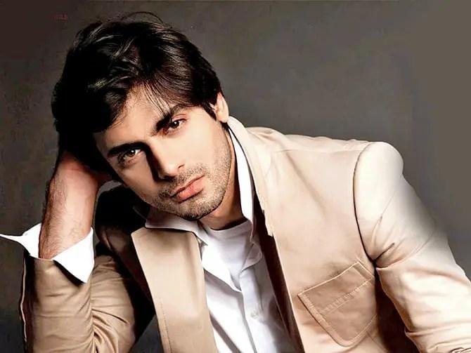 Fawad Khan Net Worth [2021] Biography, Love Story, & More