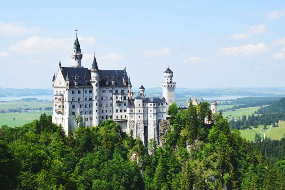 Neuschwanstein - explorista, favorite photo from another blogger