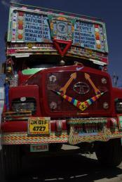 india586