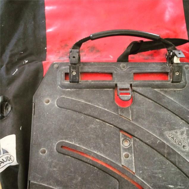 De grote achtertas