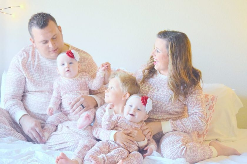 family-christmas-pictures-matching-christmas-pajamas