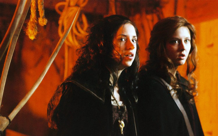 Full Moon Features: Ginger Snaps Back: The Beginning (2004) featured image