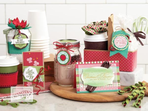 weihnachtliche Geschenke und Karten