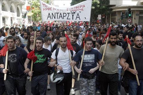 Chile: Se realizó Conversatorio sobre la situación en Grecia;  Auge y Caída de Syriza