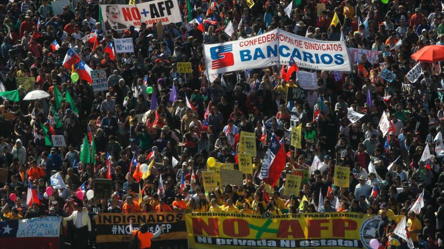 Chile - ABANDONAR AFP CUPRUM Y PROVIDA