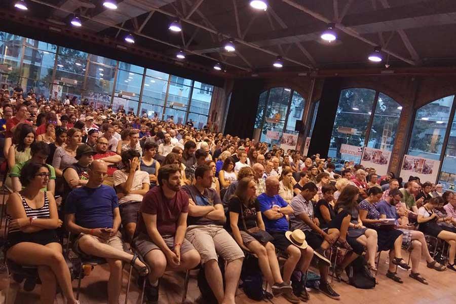 Estado Español / Catalunya - ¡Más de 600 personas llenan las Cocheras de Sans en el Mitin de defensa de la Revolución de Octubre!