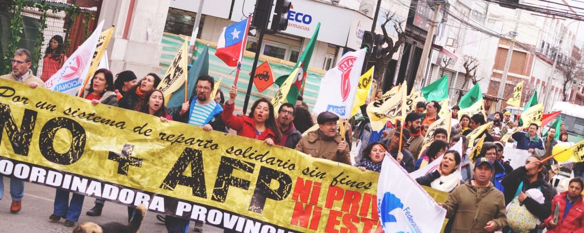 Chile - diputados llaman a marcha de NO + AFP el 22 de abril