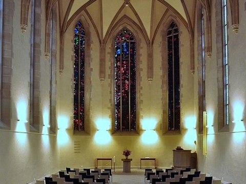 Wasserkirche Zürich - Von Roland zh - Eigenes Werk, CC BY-SA 3.0, https://commons.wikimedia.org/w/index.php?curid=5047819