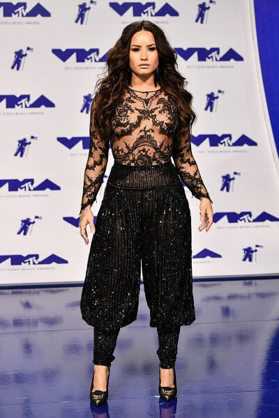 A Haute Second with Spencer: The VMA's 2017 25