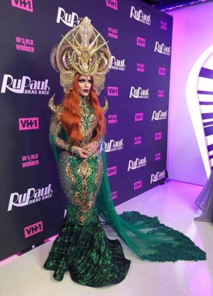 AHSWS: RuPaul's Drag Race Season 10 Premiere 110
