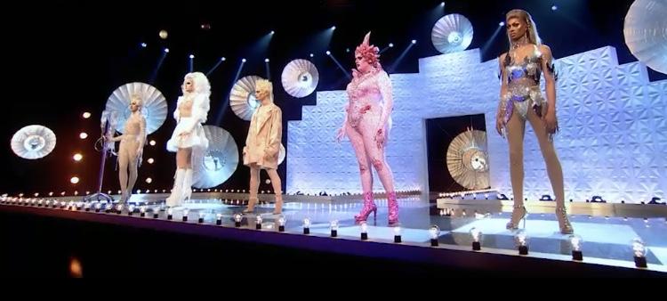 RuPaul's Drag Race UK: Make 'Em Gag (s02 e08) 3