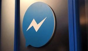 wersm-facebook-messenger-door-sign