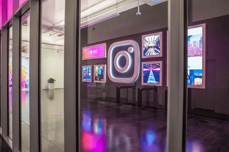 wersm-instagram-NYC-office-digital-wall