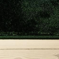 Blødt grønt Pop tæppe fra WeRug i farven Bottle Green
